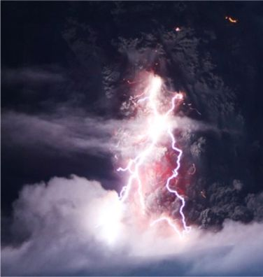 iceland volcano lightning. at the Iceland Volcano