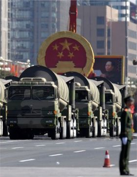 China shows off military hardware